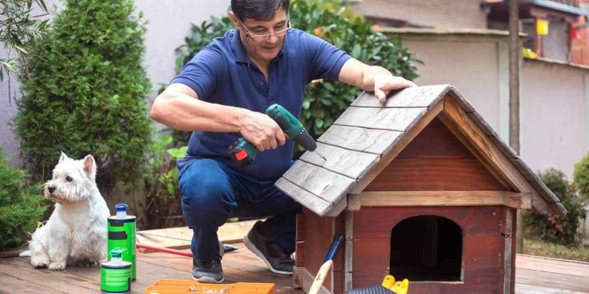 how to insulate a dog house